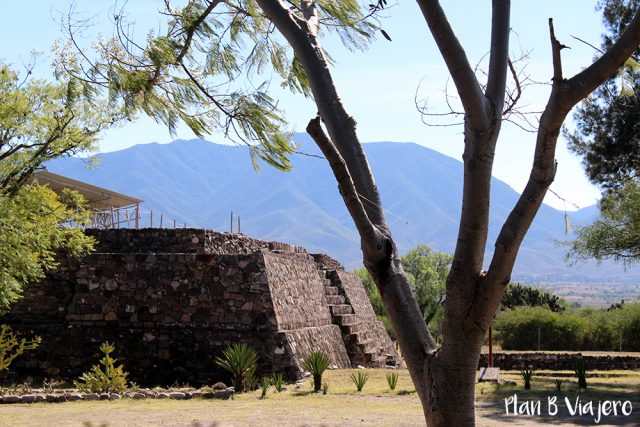 zona arqueologica de oaxaca Lambityeco
