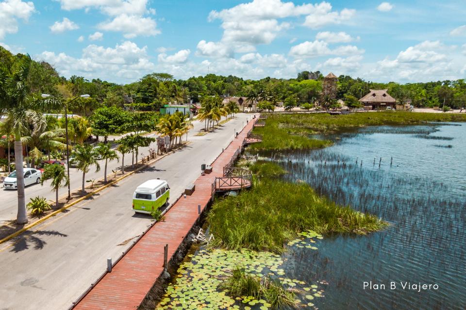 plan b viajero, laguna de cobá quintana roo, viajar en combi por riviera maya, rentar combi en mexico